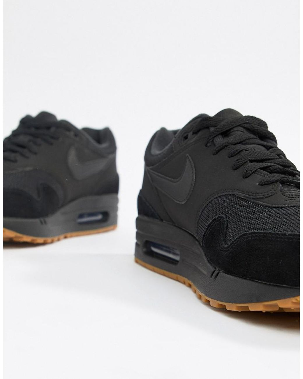 super popular 7c064 30e6a Nike Air Max 1 Trainers In Black Ah8145-007 in Black for Men - Lyst