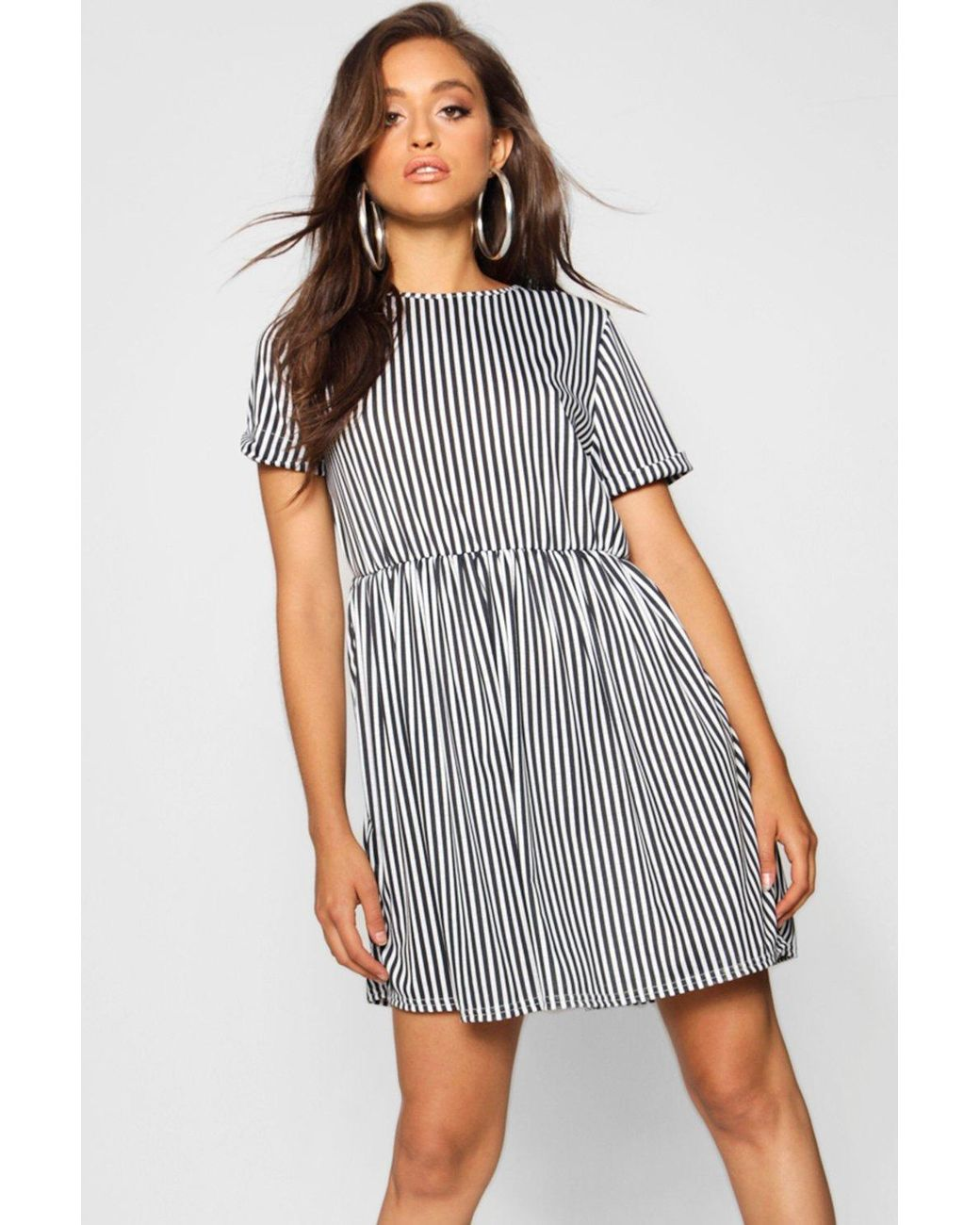8650185381 Boohoo Gathered Waist Smock Dress in Black - Lyst