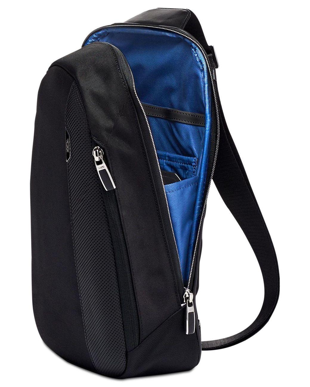 e0d60a3f0 Tumi Arrivé Martin Sling Bag in Black for Men - Lyst