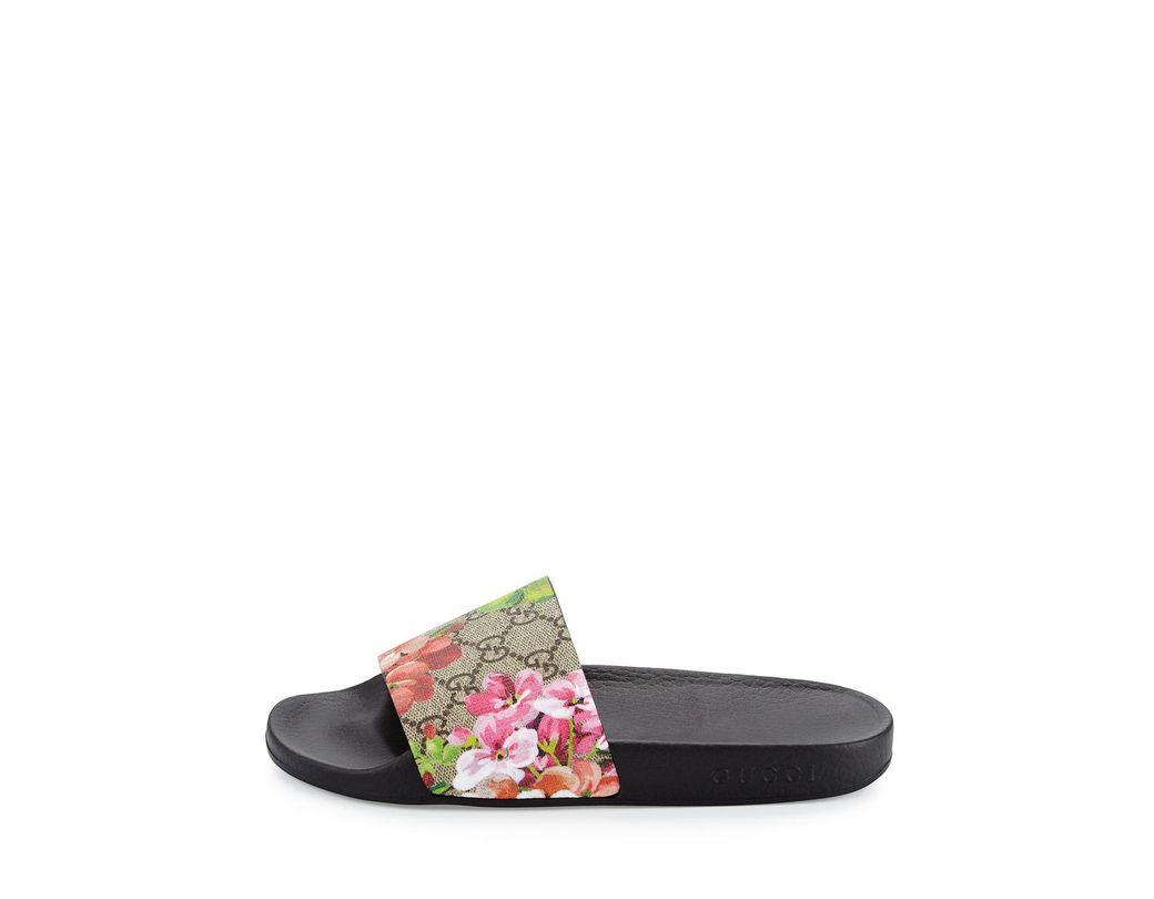 083d585f8d3 Lyst - Gucci GG Blooms Supreme Slide Sandal - Save 27%