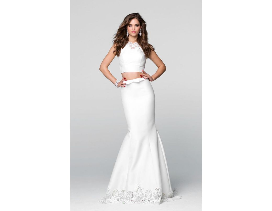 de0ec78f0980 Lyst - Tarik Ediz Lace Two-piece Mermaid Dress 50049 in White