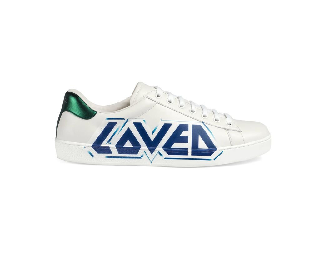 a1a769d4d50 Gucci Ace Sneaker With Loved Print in White for Men - Save 1% - Lyst