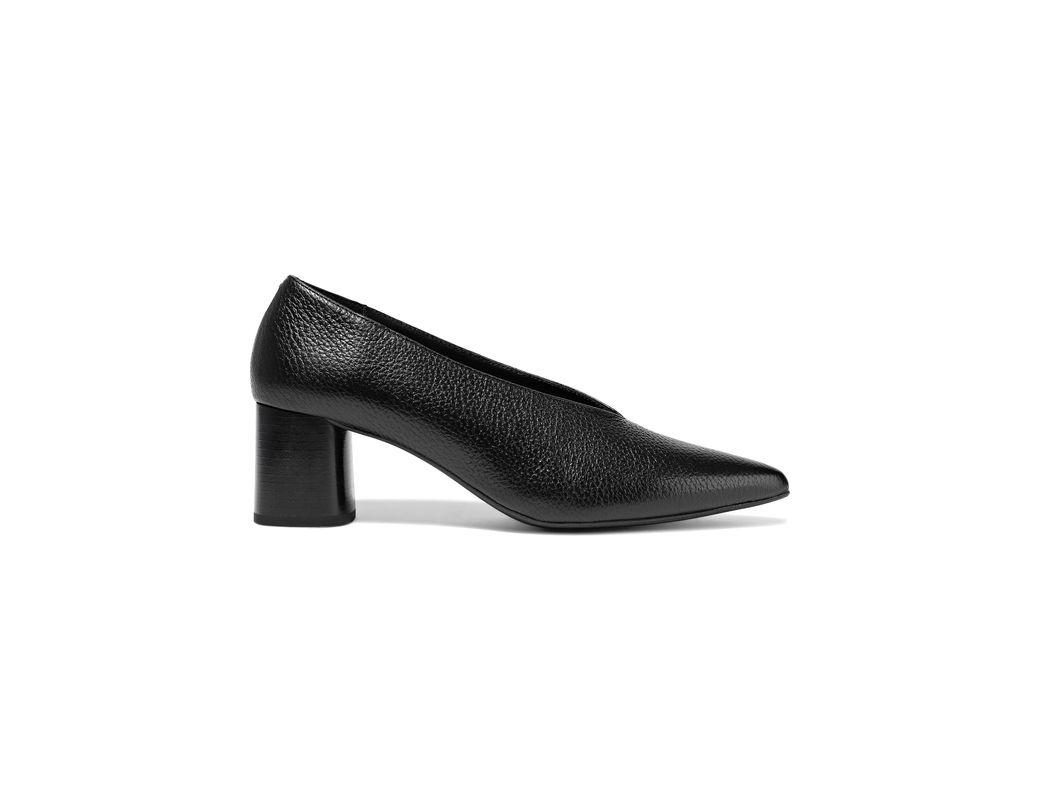 Women's Liv Textured leather Pumps Black