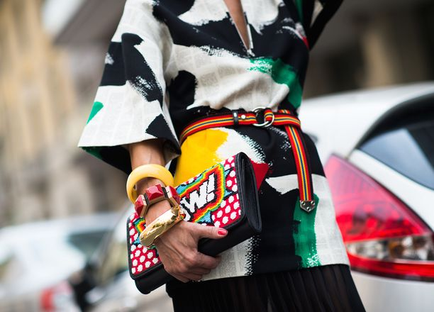 Tuesday Trend: Make a Statement with these 10 Clutches