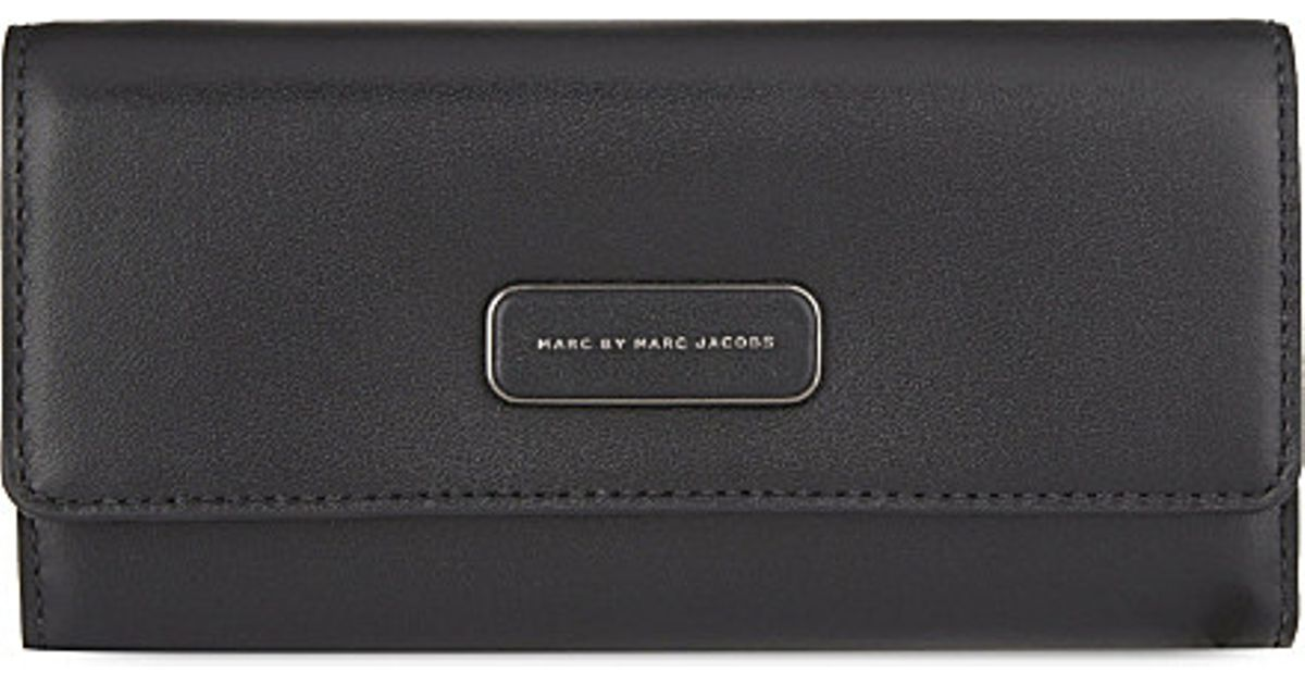 c959becbb0b5e Marc Jacobs Ligero Trifold Leather Wallet in Black - Lyst