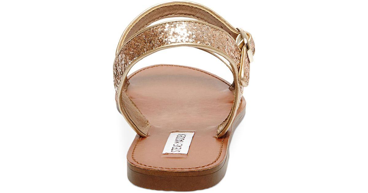 33b72a3a9cb Lyst - Steve Madden Donddi Flat Sandals