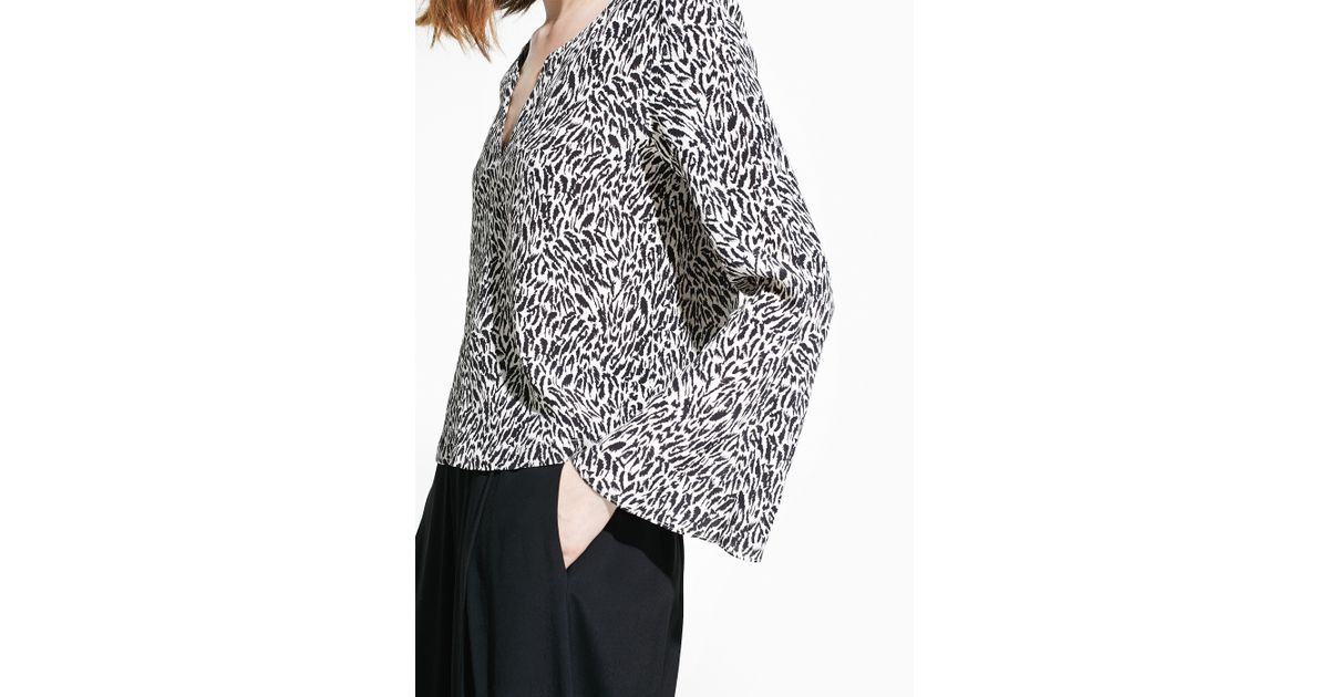 e3155c4ed56adf Lyst - Mango Animal Print Blouse in Black