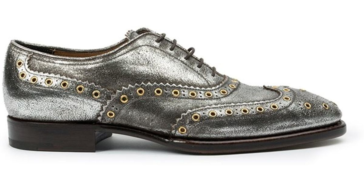 Silver brogues Metallic Oxfords Silver Flats Brogues Womens Outfit Brogues outfit Women's Oxfords Fashion outfits Women's Fashion Casual outfits Fall & Winter Silver Outfits Casual Looks Fashionable Outfits Fashion Clothes Dresses Suits Metallic shoes White Jeans Loafers Classic Apparel Design Casual Clothes Woman Fashion Ladies Fashion Fashion.