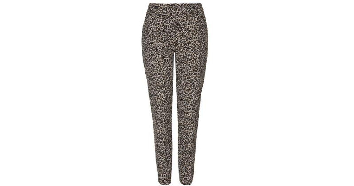 0692a8f68b3e TOPSHOP Leopard Print Cigarette Trousers in Natural - Lyst