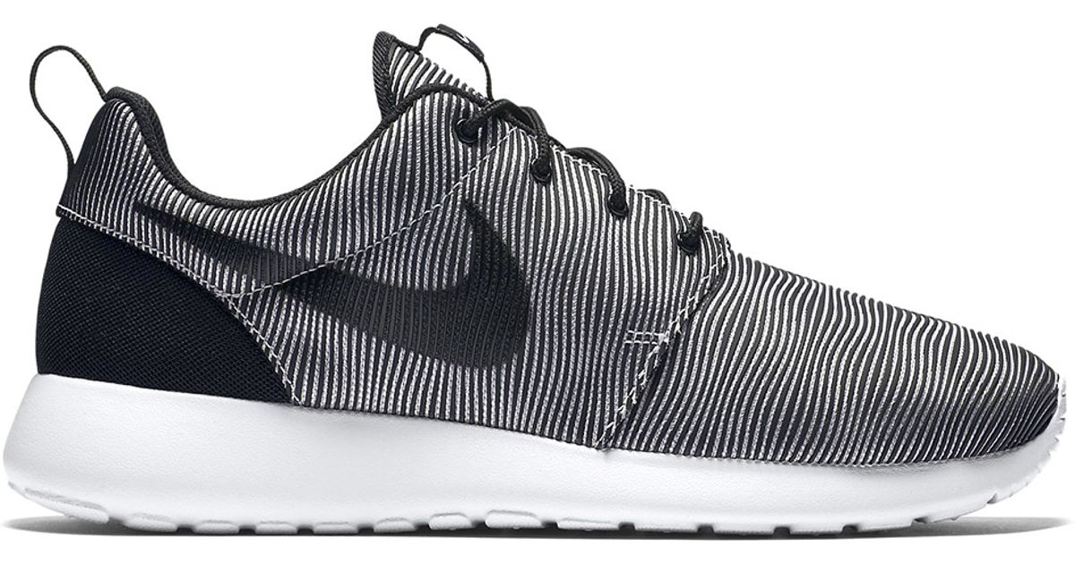 best service 4234a 75216 Nike Roshe One Premium Plus in Black for Men - Lyst