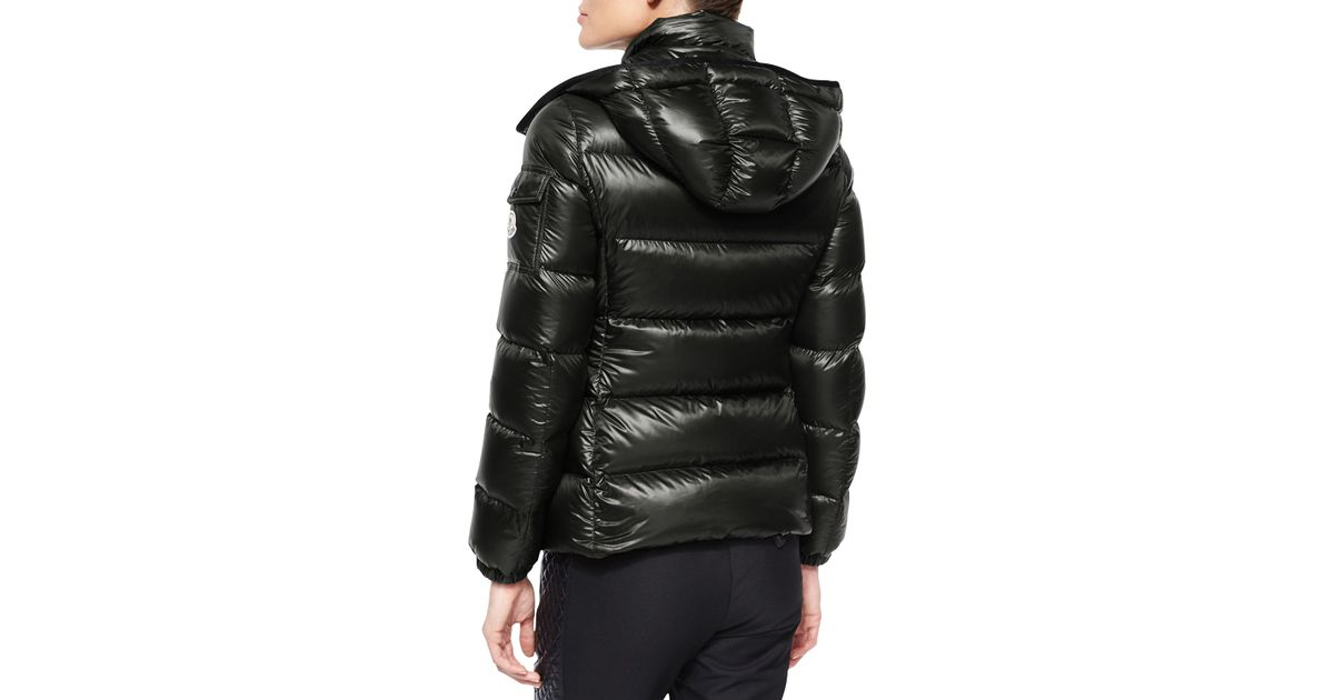 Moncler Berre Lightweight Hooded Puffer Coat