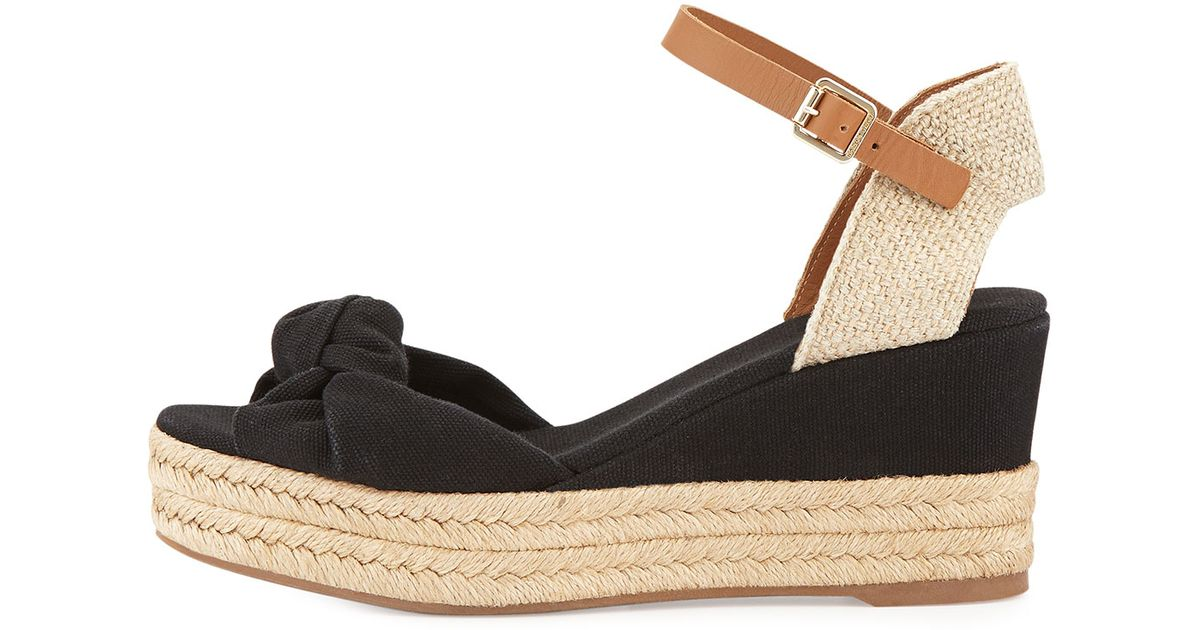 24019d0b0a61 Lyst - Tory Burch Knotted Bow Wedge Sandals in Black