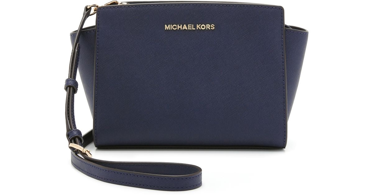 d1ab5fea2e ... best price lyst michael michael kors selma medium messenger navy in  blue 92e80 1371d