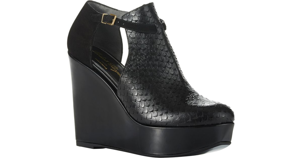 6341f8d9d29 Lyst - Robert Clergerie Filona Cutout Wedge Boots in Black