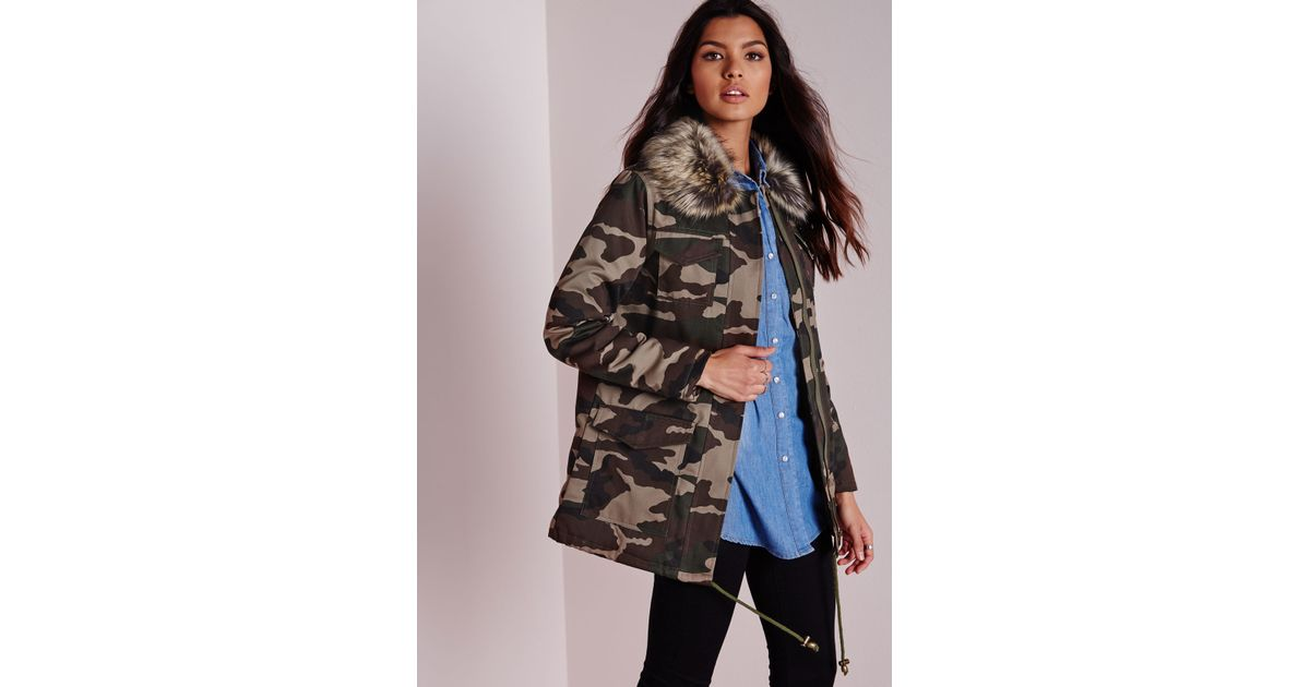 Collar Camo Fur Jacket Missguided Green Lyst In Faux Utility With qpC0g caf7c26098b01