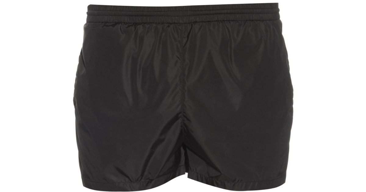 2570764254 Gucci Embroidered-bee Swim Shorts in Black for Men - Lyst