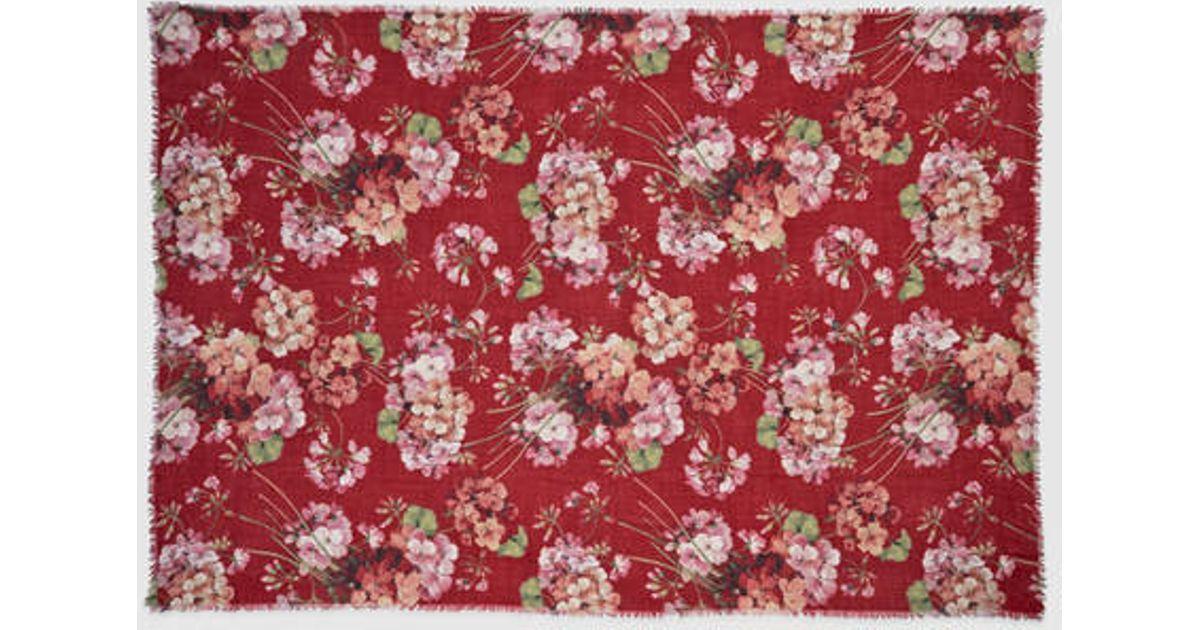 Gucci Cashmere Wool Blooms Print - 128.0KB