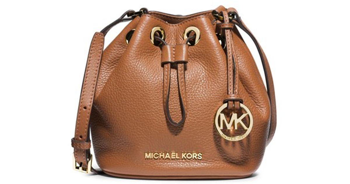 lyst michael michael kors jules leather bucket bag in brown rh lyst com