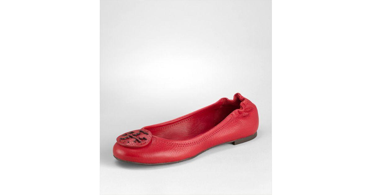 273f2f5de52e4 Lyst - Tory Burch Tumbled Leather Reva Ballerina Flat in Red