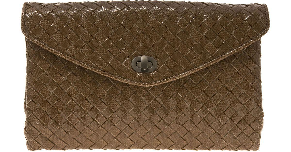 bb5a823eb3 Bottega Veneta Intrecciato Karung Snakeskin Clutch in Brown - Lyst