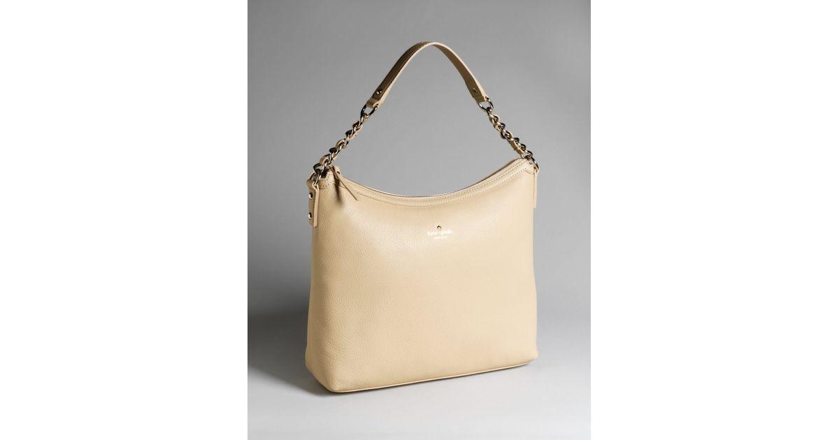 7b9a7b6147b5 Kate Spade New York Cobble Hill Medium Serena Hobo-style Shoulder Bag in  Natural - Lyst