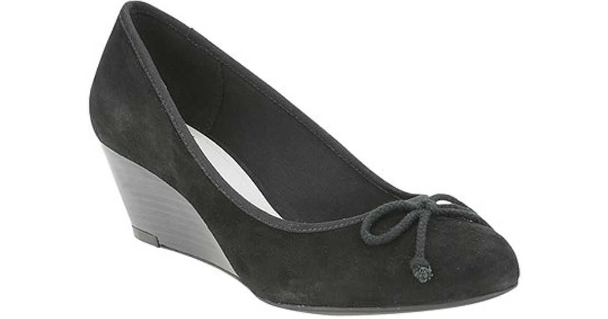 939031a57f Clarks - Dublin Streets Bow Wedge Court Shoes Black - Lyst