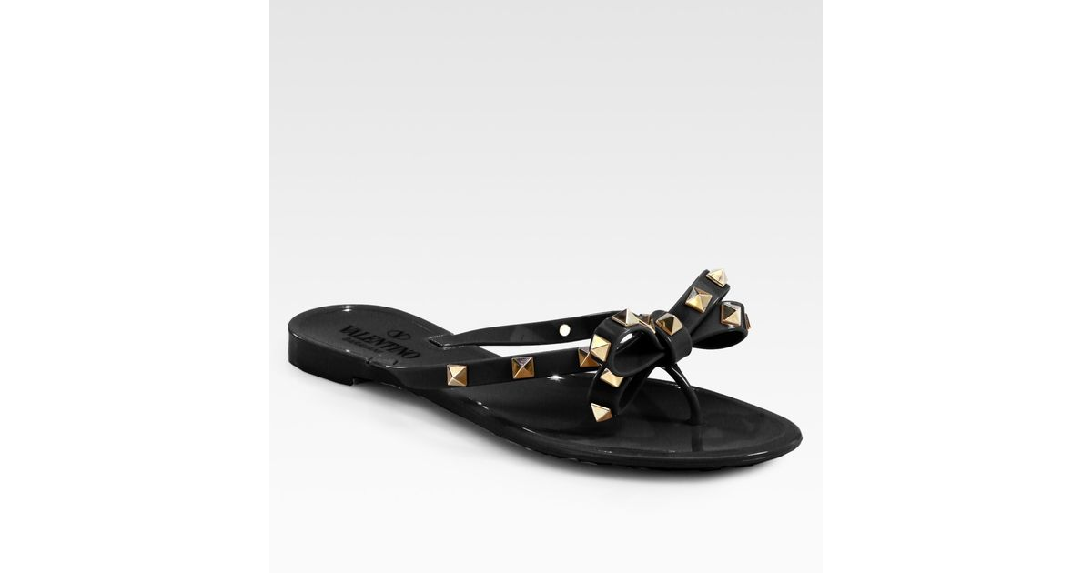 Valentino Rockstud Studded Thong Bow Jelly Flip Flops In -4840