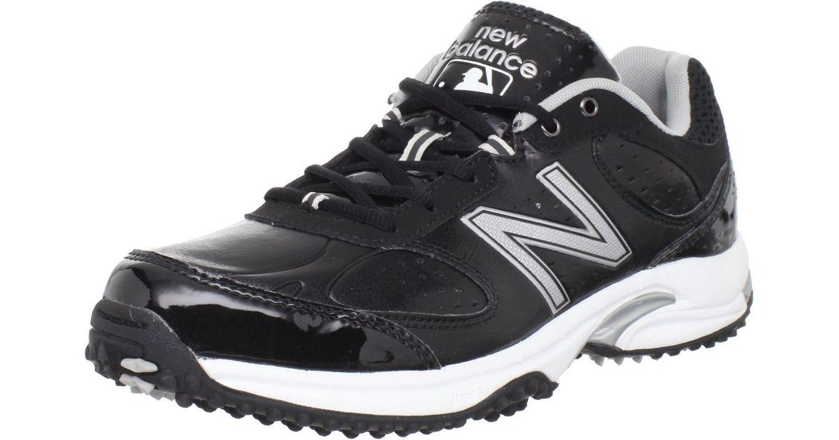 New Balance Men S Baseball Umpire Mid Baseball Shoe