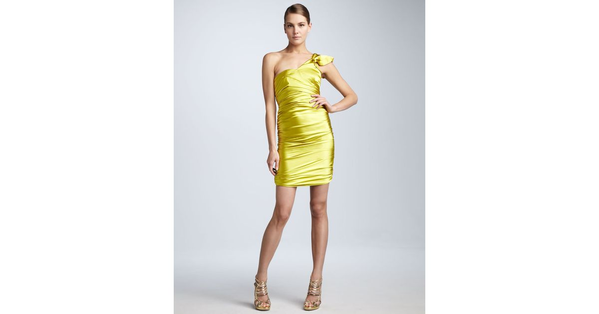 2a520db57f67 Vera Wang Lavender One-shoulder Satin Dress in Yellow - Lyst