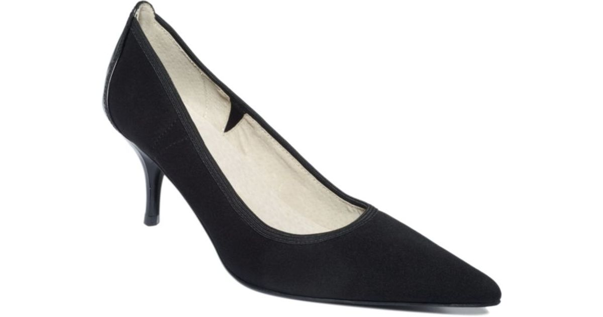 sale from china Tahari Dottie Suede Pumps cheap very cheap cheap how much y6PNE