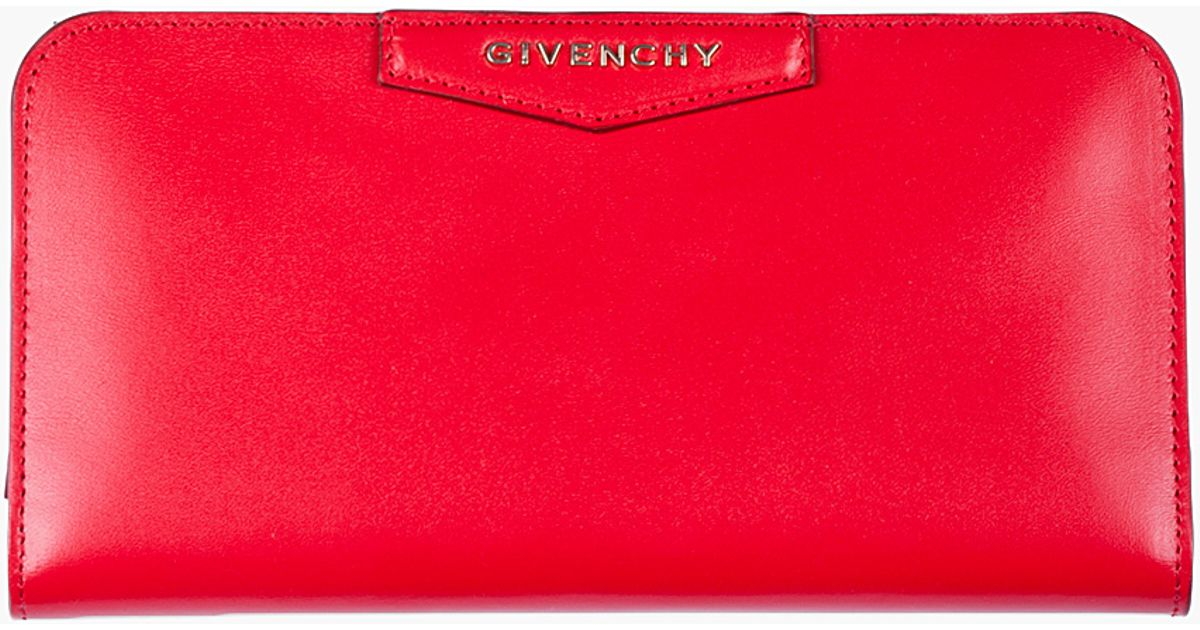 a31f9d8c39 Givenchy Red Leather Antigona Wallet in Red - Lyst