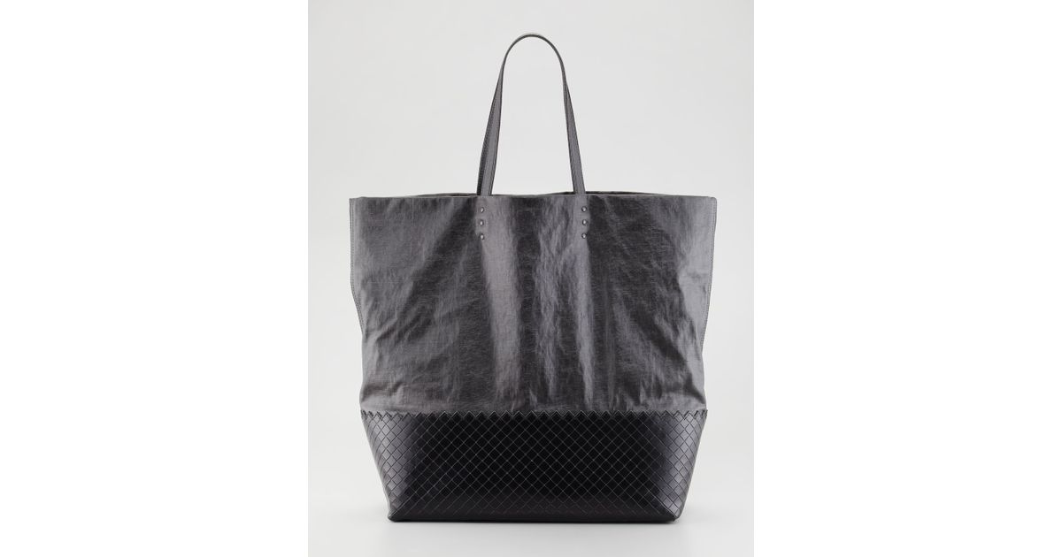 ff462755fc49 Lyst - Bottega Veneta Large Coated Linen Tote Bag Black in Black