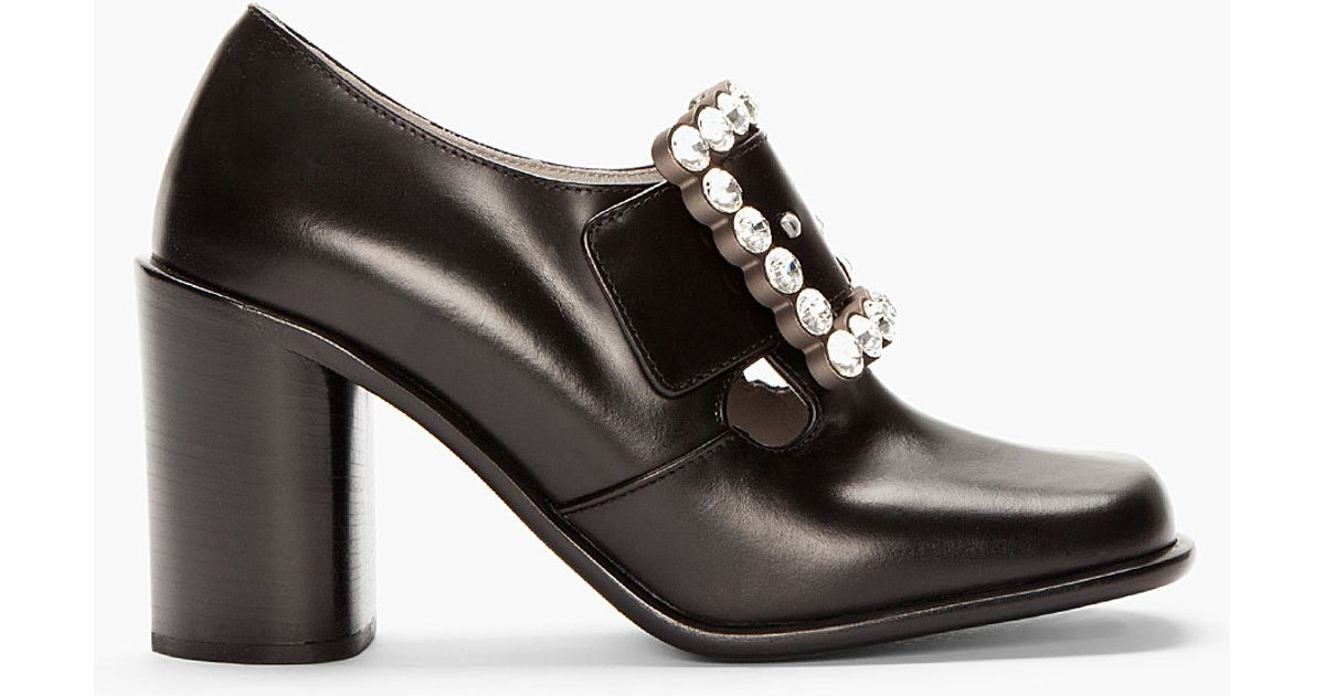 9951fc268bf1e Marc Jacobs Black Leather Buckled Pilgrim Heels in Black - Lyst