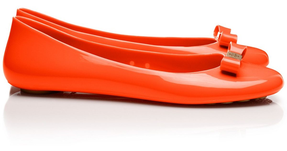 2088dac1639 ... where can i buy lyst tory burch jelly bow ballet flat in red d27c8 e2616