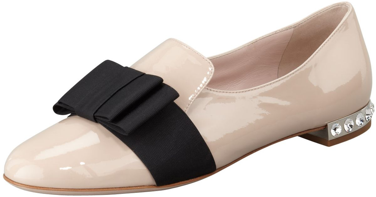 f122766e4070 Lyst - Miu Miu Patent Leather Bow Loafer in Pink