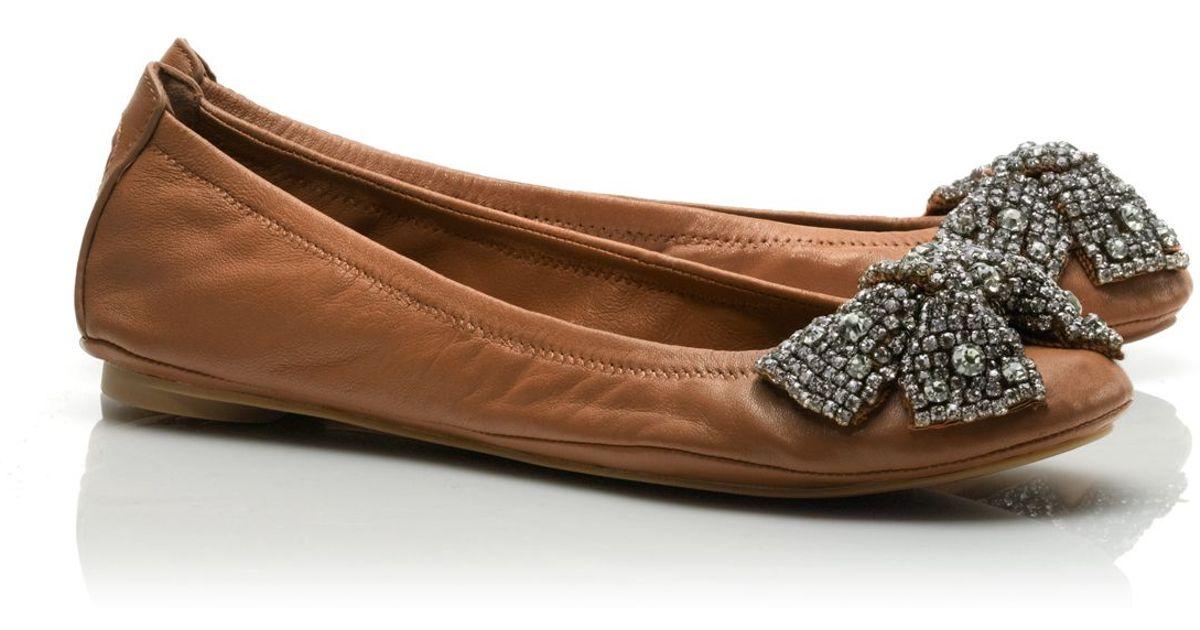 c690a54b15e0 ... usa lyst tory burch leather eddie bow ballet flat in brown 511b7 f0156