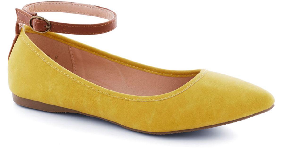 8c10fc15c80d Lyst - ModCloth Bakers Dozen Flat in Lemon in Yellow