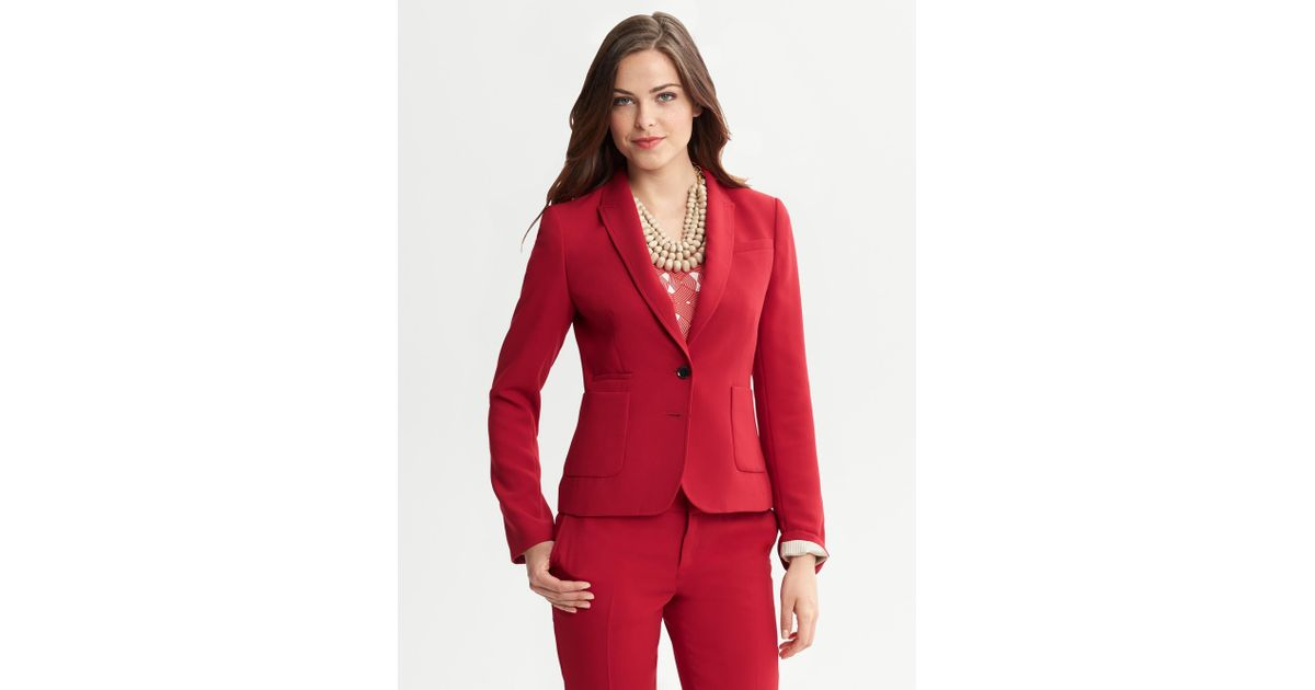d89db9afa14e Banana Republic Red Crepe Two Button Blazer in Red - Lyst