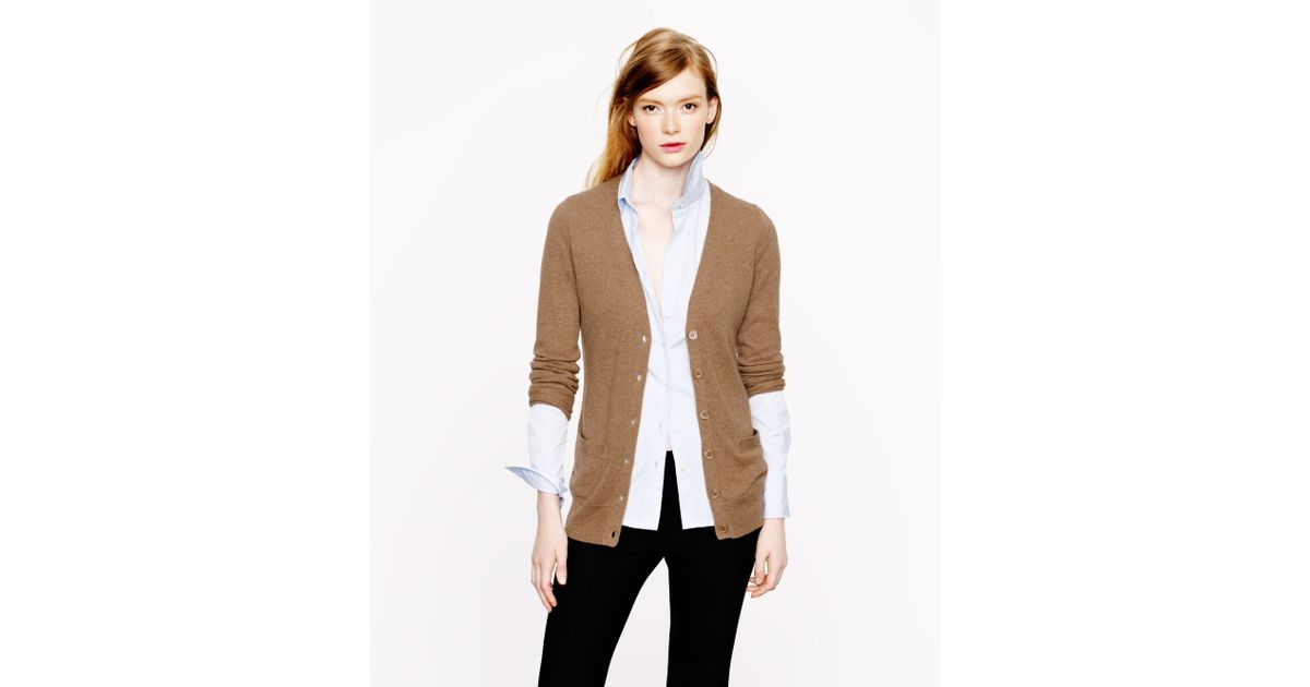 The Cashmere Boyfriend Cardigan is a stunning, thick cardigan. Making any outfit look effortless, this can be paired with denim, leggings or a trouser. Great to wear in the office over any outfit. This relaxed fit drapes beautifully over every figure and is definitely a stand out piece. Details % pure cashmere .