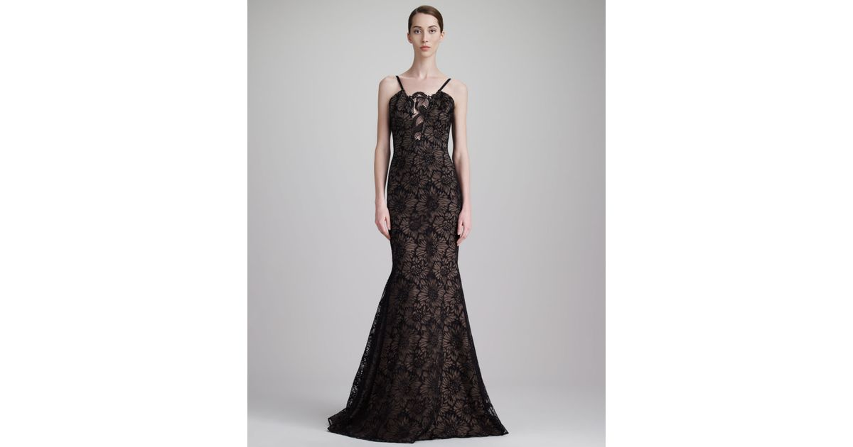 Lyst - Vera Wang Floral Chantilly Lace Gown Black in Black
