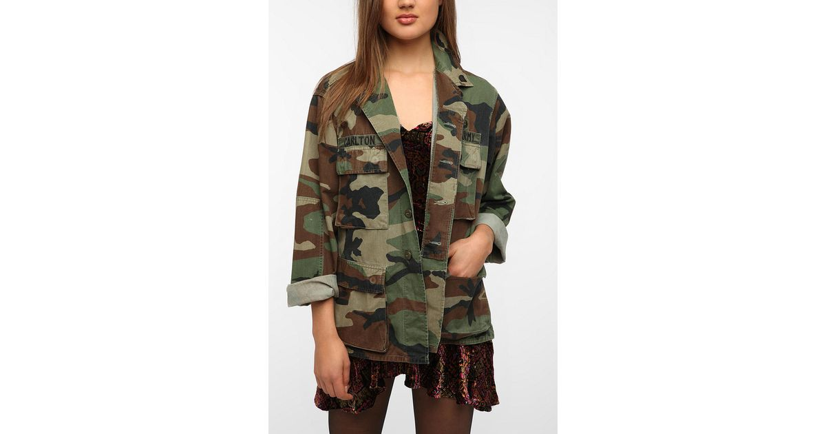 7d7f0303fc611 Urban Outfitters Oversized Camo Jacket in Green - Lyst