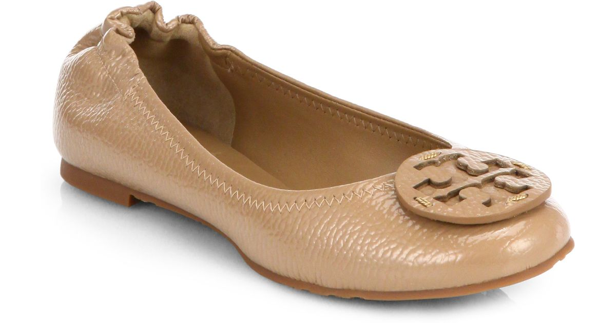 930c0f902af7 ... sweden lyst tory burch reva tumbled patent leather ballet flats in  natural 829ba f5ccd