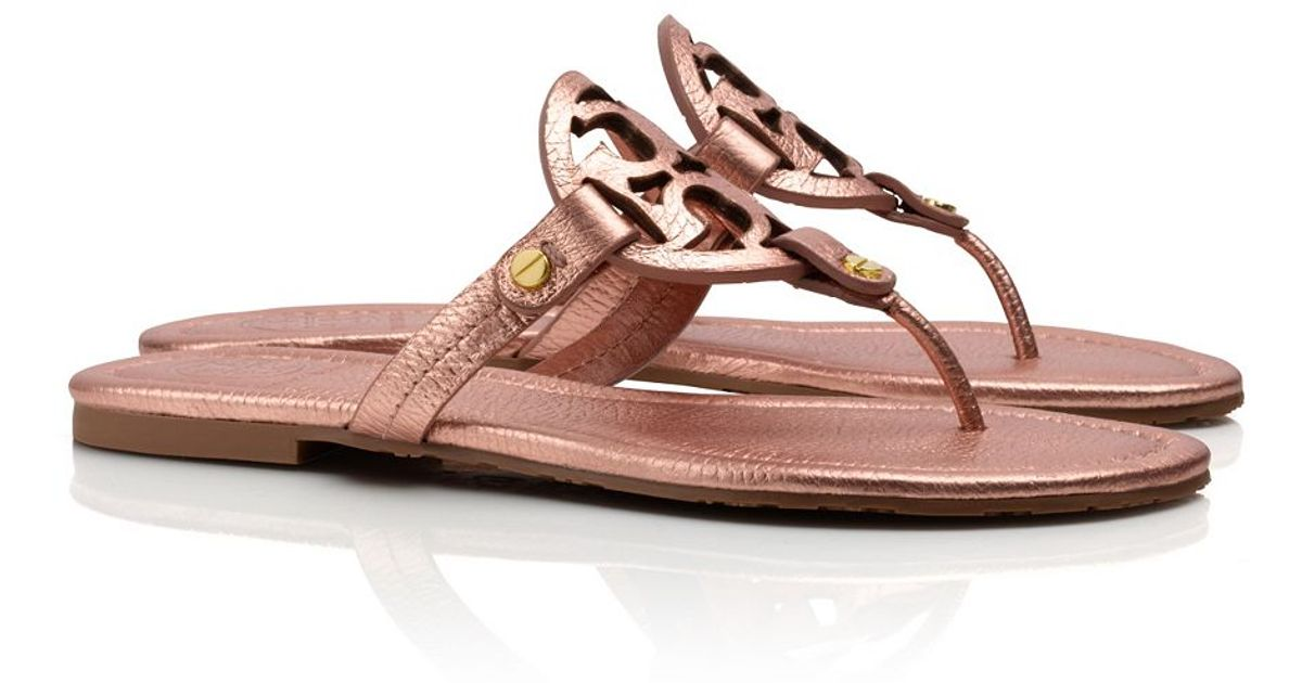 Enter the world of Tory Burch fashion at bibresipa.ga See our guide to the latest styles in Tory Burch shoes, clothing & accessories. Free shipping & returns.