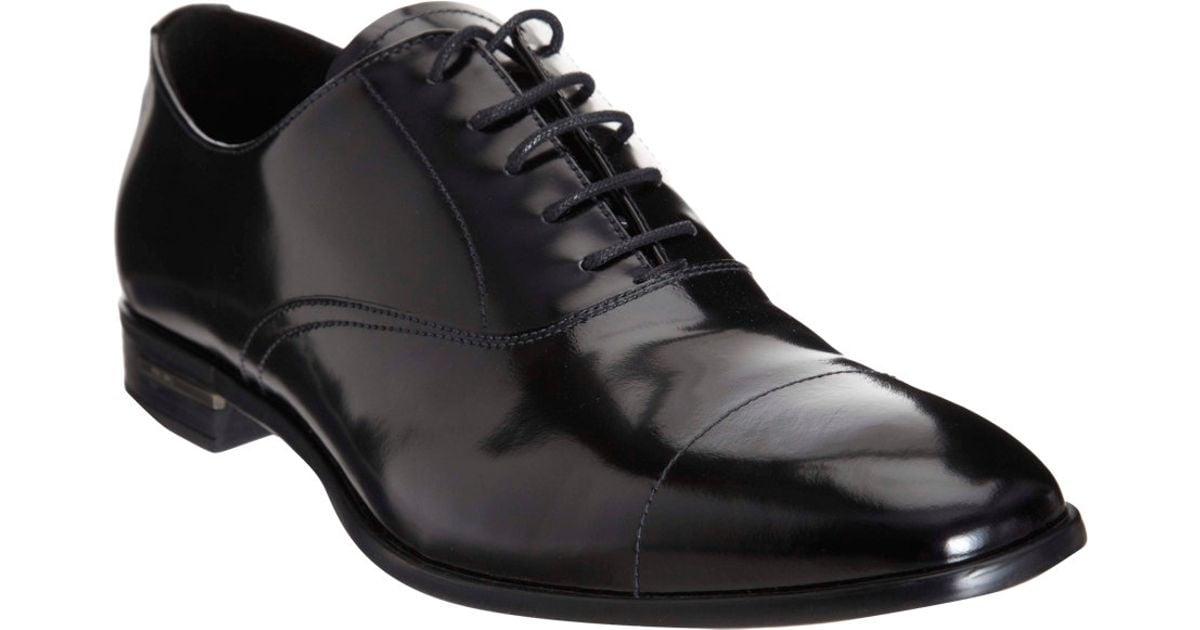 Cap toe balmoral schoen smoking