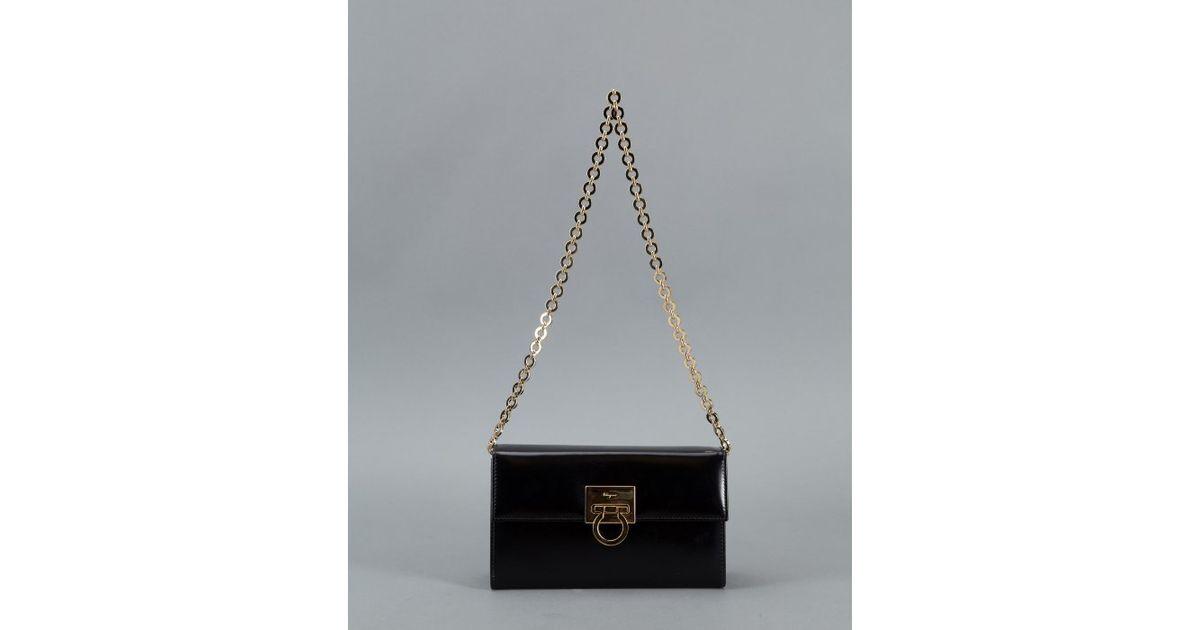 5d217ef44c2e ... Lyst - Ferragamo Black Leather Chain Vintage Shoulder Bag in best  website 001df daef6  Salvatore ...