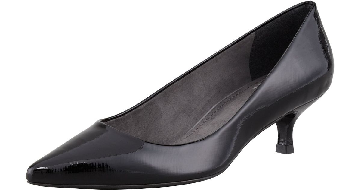 fa24dc18e9f Lyst - Stuart Weitzman Poco Patent Leather Kitten-heel Pump in Black