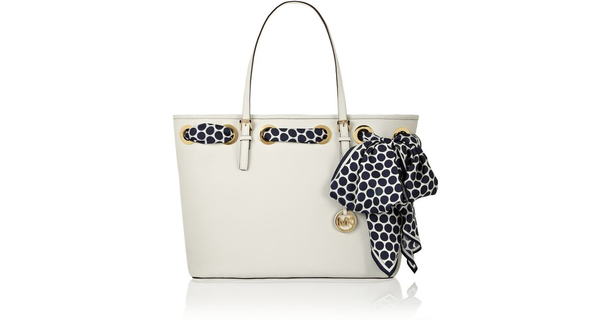 3a086a58f08da MICHAEL Michael Kors Jet Set Scarf Medium Textured-leather Tote in White -  Lyst