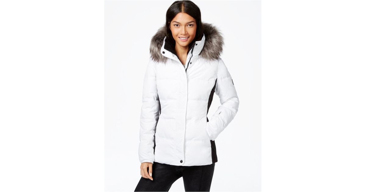 fbd98bb6419 Calvin Klein Faux-fur-trim Colorblocked Quilted Puffer Coat in White - Lyst