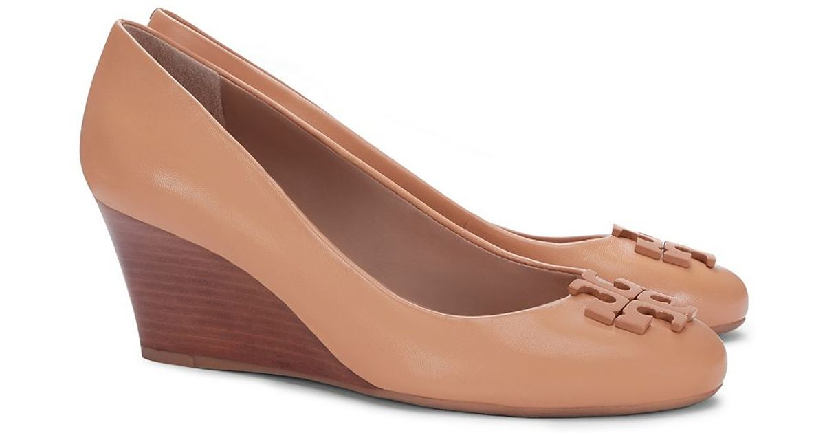 f1b15d3a1ec8e Lyst - Tory Burch Lowell Wedge in Pink