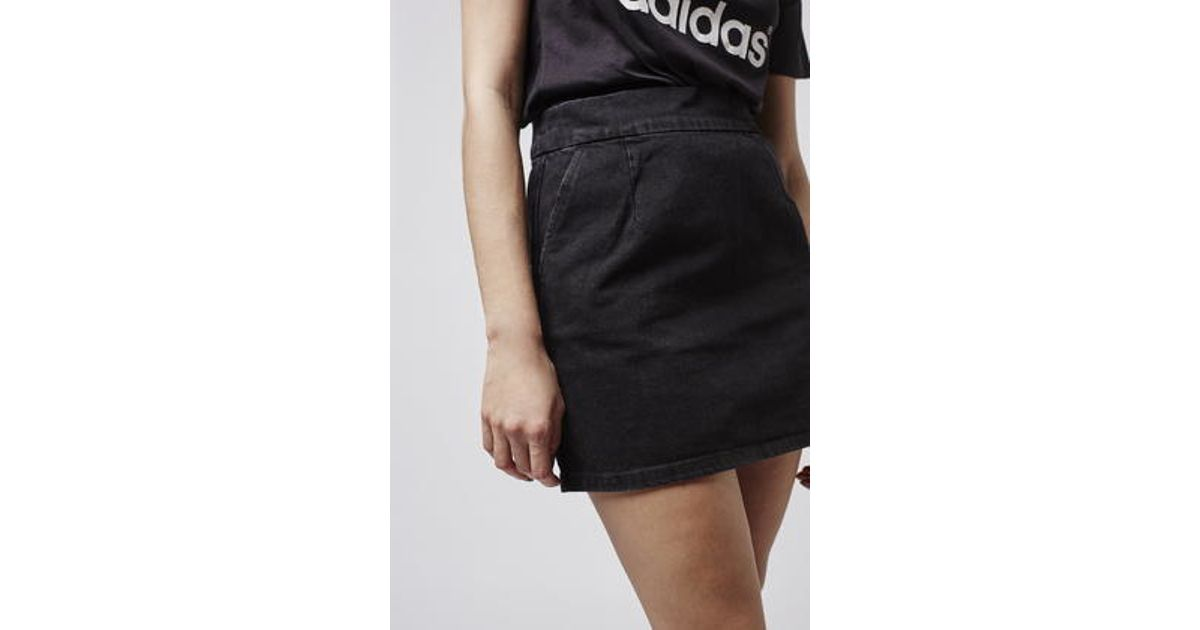 59beb3e6f3 TOPSHOP Moto Clean-cut Denim Mini Skirt in Black - Lyst